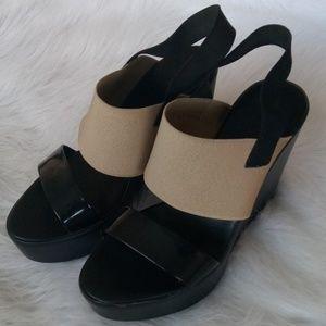 CHARLES DAVID Elastic Black Beige Wedge Heels